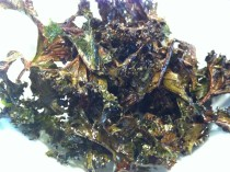 Healthy Curly Kale Crisps