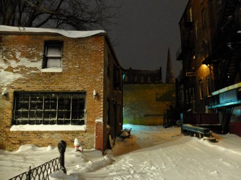 Late night snow-tography.
