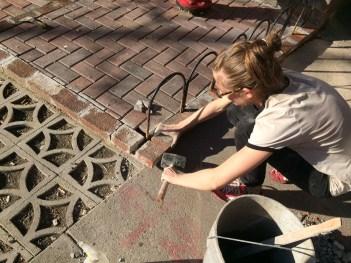 We cut in metal hoops!