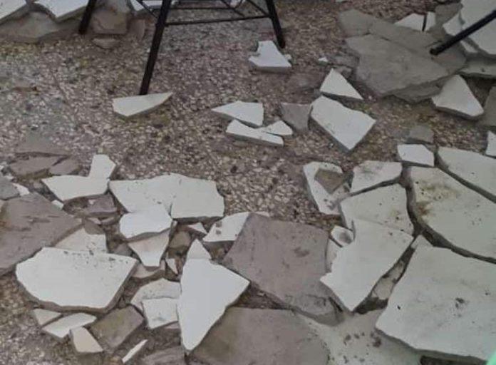 Tres niños resultan heridos luego de que techo de aula se desplomara en Cotuí