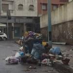 El Jadida : Faute d'accord entre le Conseil Communal et la société délégataire de la gestion des déchets, la ville croule sous les ordures