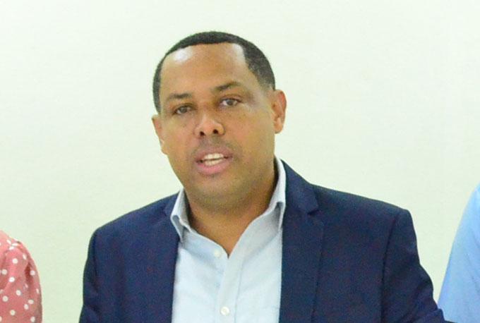 Ing. Enrique Rosario, presidente del Codia Regional Nordeste.