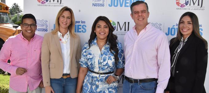 Desde la izquierda Saulo Rosario, Gisell Brito, Robianny Balcacer, Pablo Wiechers y Patricia Mejía.