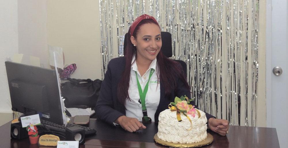 De cumpleaños la Licda. Celiné Checo, del equipo de trabajo de Telenord. Por tal motivo sus familiares y amigos le desean muchas felicidades.