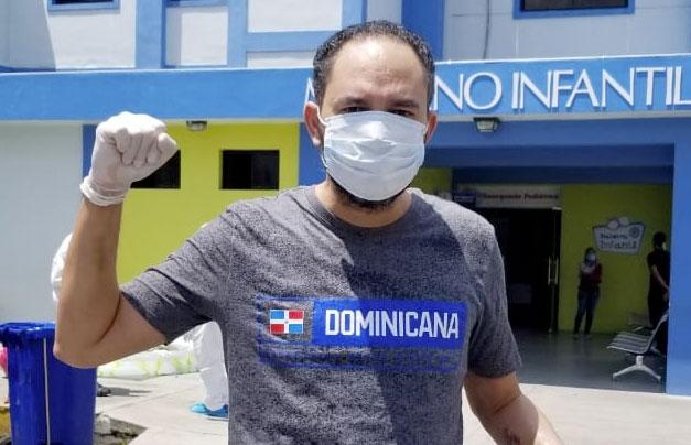 Tras recibir el alta médica el entrenador francomacorisano ha ido recuperando su salud en cuarentena