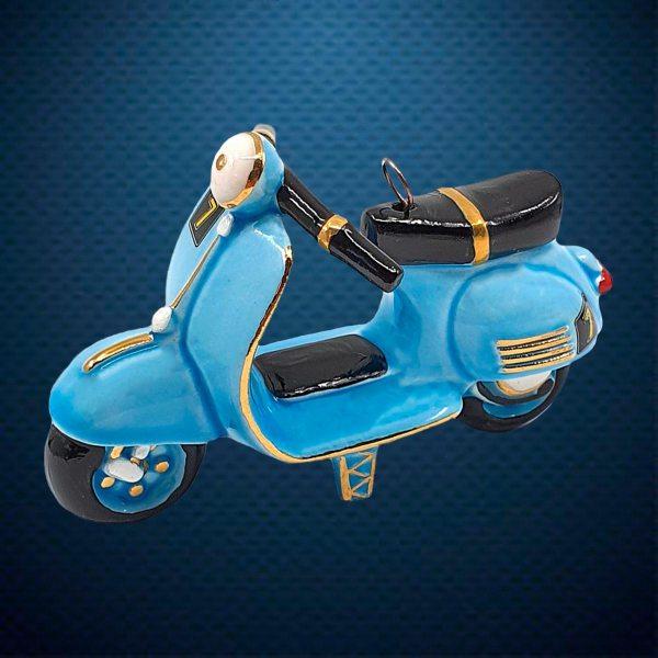 Мотороллер Vespa Керамическая елочная игрушка из серии Ретротехника Фарфоровая Мануфактура