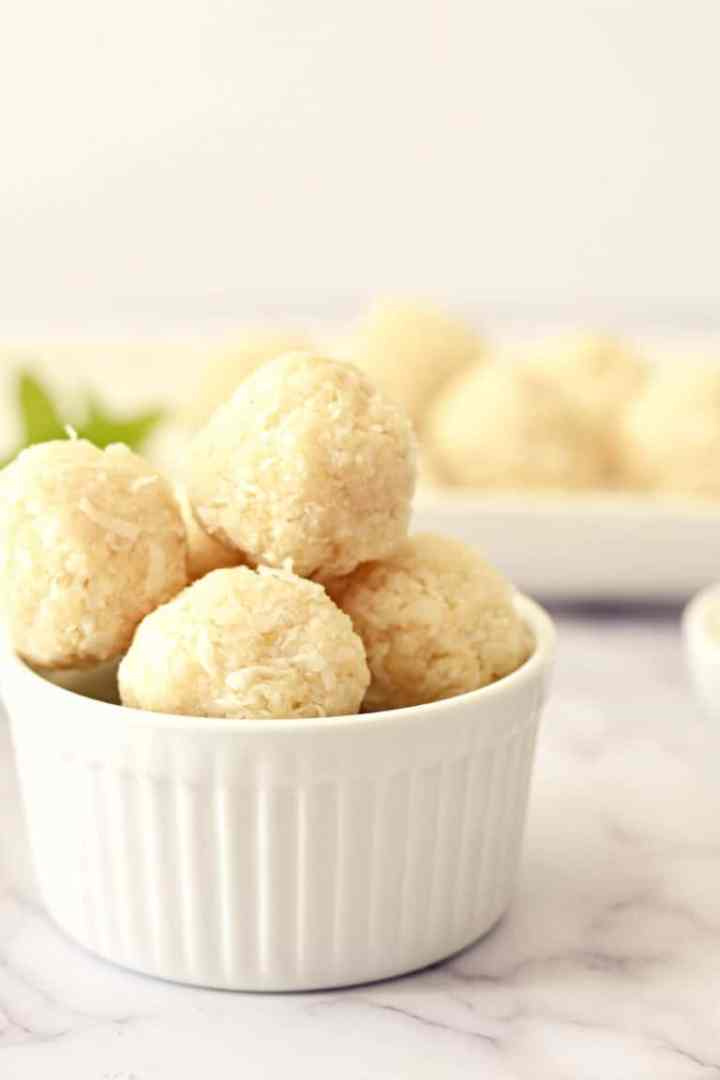 bowl of round coconut macaroons