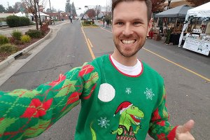 Michael Hemsworth in a crazy Christmas sweater