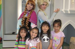 Princess Anna & Queen Elsa with Isabelle Ho, Avery Newell, Roxana Cheung, & Evangeline Ho