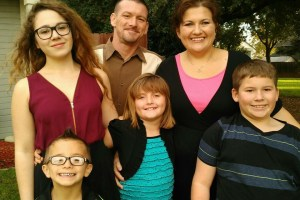 Foreign Exchange Students Looking for Elk Grove Host Families