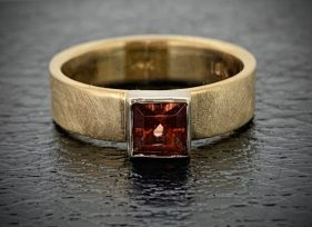 Lotus Garnet Ring, 14k gold, 18k white gold setting, half carat, Lotus garnet.