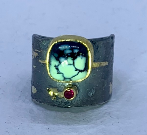 Varisite and ruby ring
