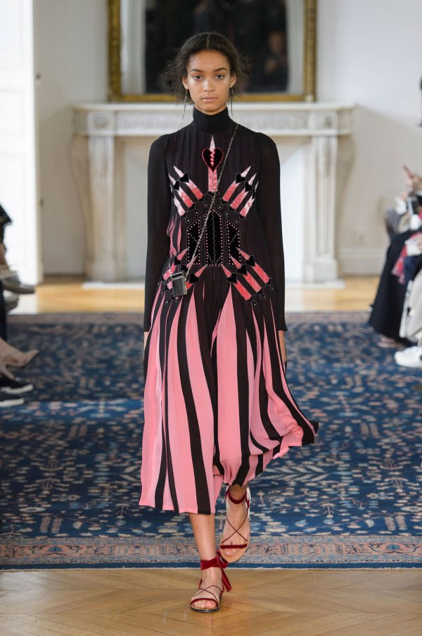 64 Looks From the Valentino Spring 2017 Show - Valentino ...