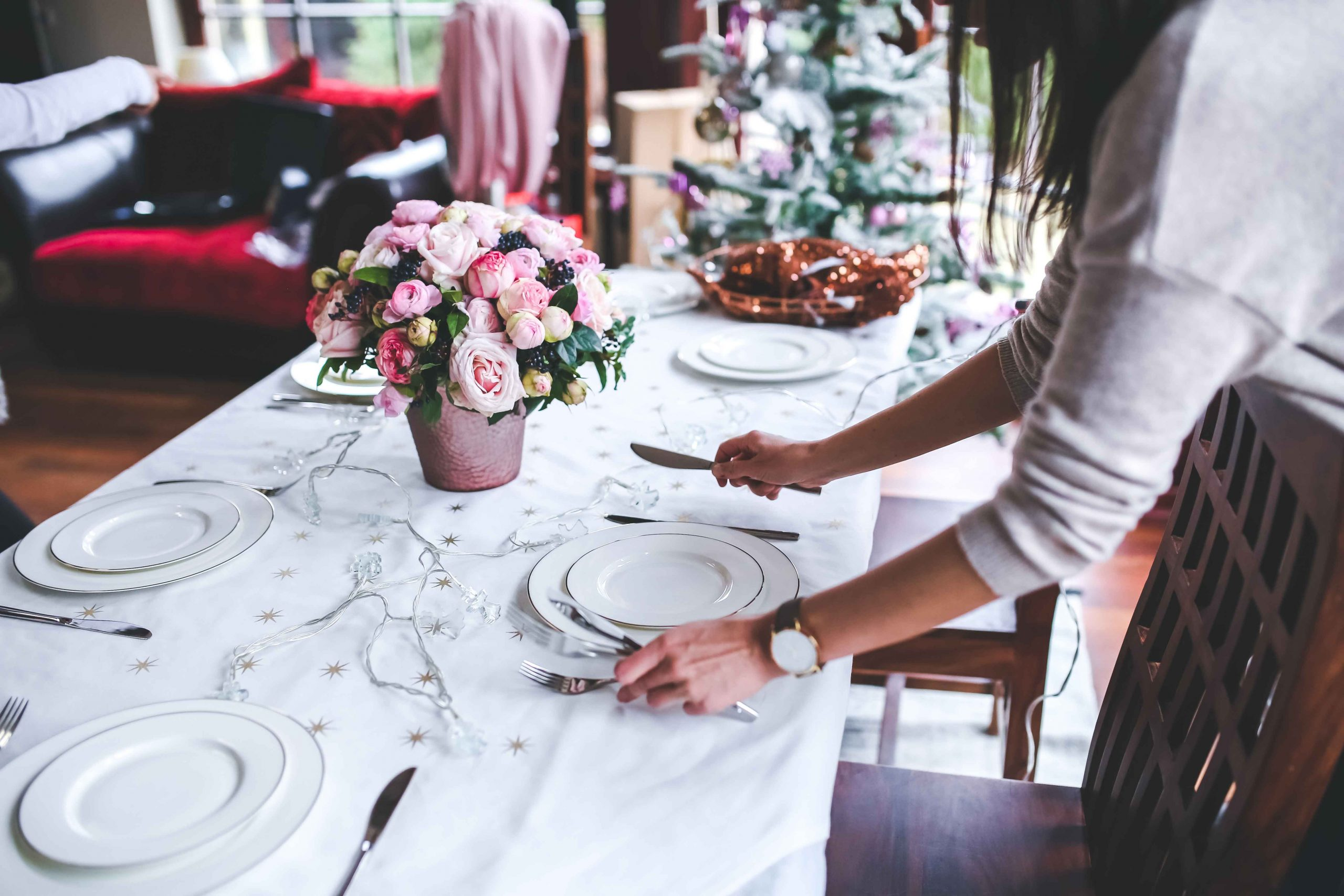 how-much-does-a-wedding-planner-cost