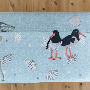 bench seat stool with oyster catchers