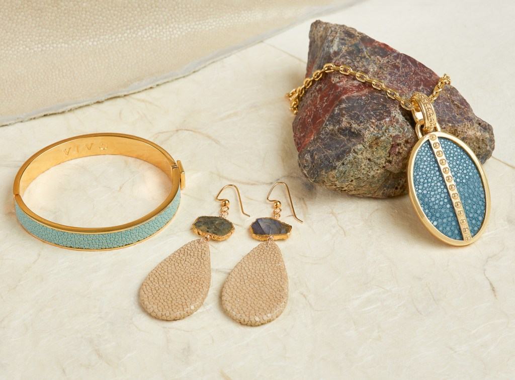 shagreen & gold jewelry photography with rocks and natural textures
