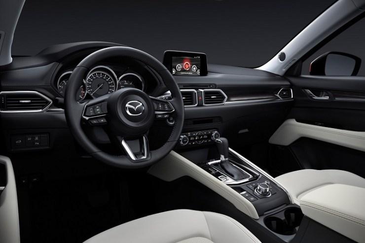 2019-Mazda-CX-5-int.jpg