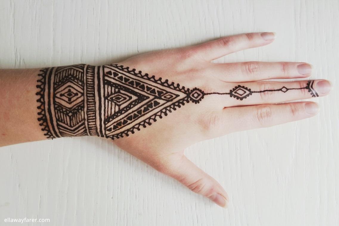 die besten henna tipps ein native tribal design. Black Bedroom Furniture Sets. Home Design Ideas