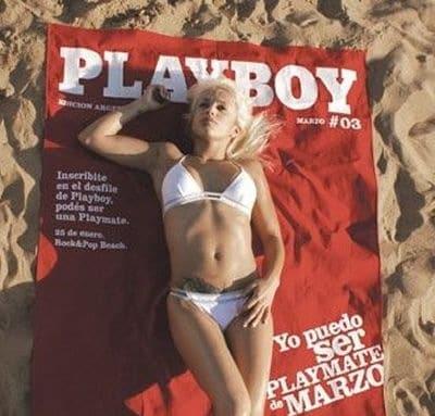 toalla de playboy con mujer rubia en bikini