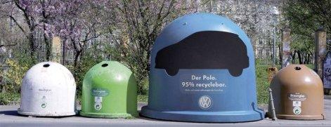 anuncio de marketing de guerilla cuatro cubos de reciclaje