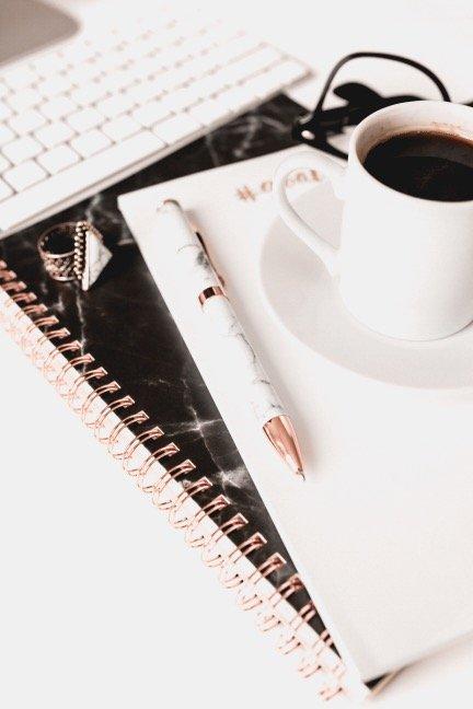 Blogging goals to help you start making money blogging this year!