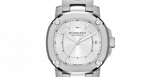 Τα ρολόγια του οίκου Burberry γεμίζουν χρώματα  Το βρετανικό brand παρουσιάζει μια stylish συλλογή από αξεσουάρ, που ξεχωρίζουν για τον φίνο σχεδιασμό, και την υψηλή ποιότητα κατασκευής.