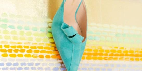 Stathis Samantas: Ο ταλαντούχος Έλληνας σχεδιαστής μας προτείνει τα παπούτσια του καλοκαιριού Ο μεγάλος νικητής των ELLE Fashion Young Talents Awards στην κατηγορία «Sandal Shoe Designer», αλλά και στην τιμητική κατηγορία «Best Designer», δημιούργησε πολλά διαφορετικά στυλ για το καλοκαίρι για να ανακαλύψεις σίγουρα το δικό σου αγαπημένο.