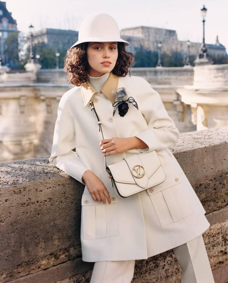 Pont 9: Η νέα τσάντα του οίκου Louis Vuitton είναι η επιτομή της κομψότητας