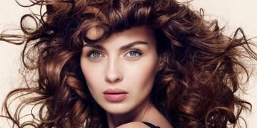 Η ανώδυνη θεραπεία για υγιή και πλούσια μαλλιά το καλοκαίρι