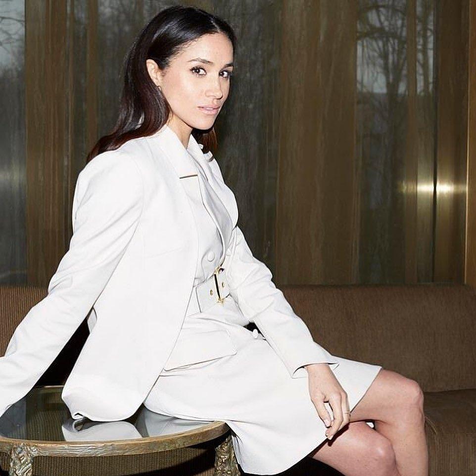 Meghan Markle: Βρήκαμε ένα από τα αγαπημένα της φορέματα στα H&M