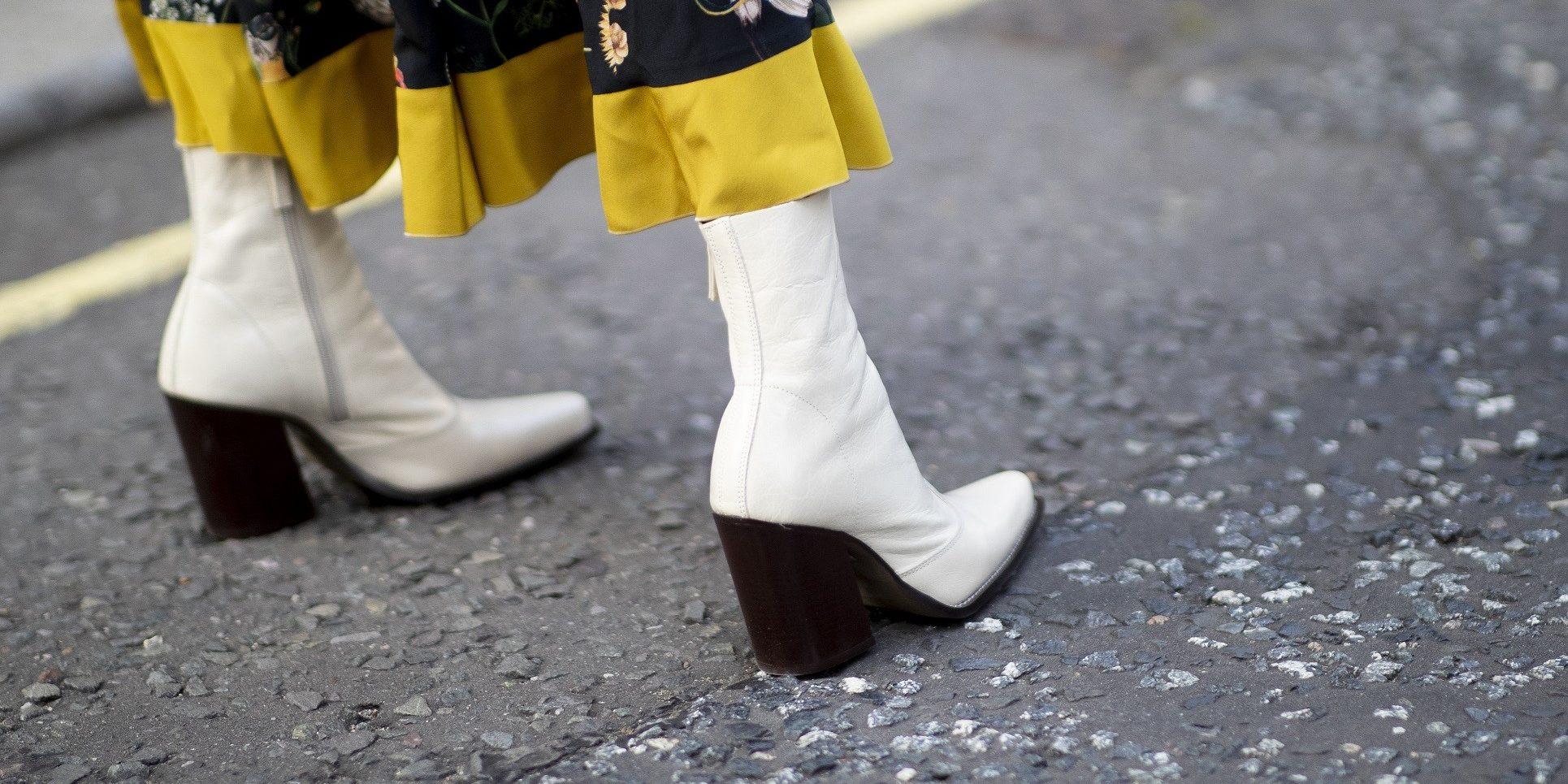 Εσύ θα φορέσεις λευκές μπότες φέτος; Να φορέσεις!