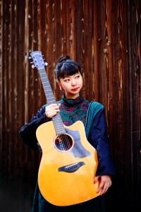 竹内アンナ(愛用ギター)