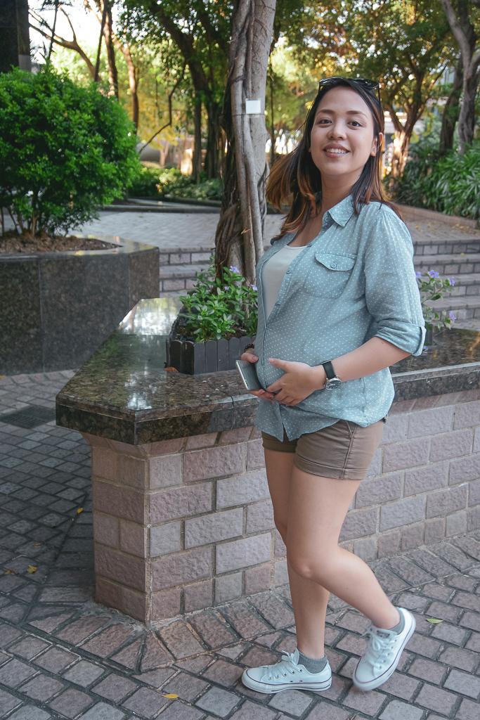 Elle walking around Central Plaza Park