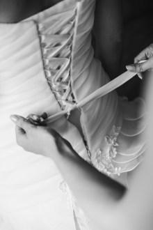 Hochzeit getting ready Brautkleid