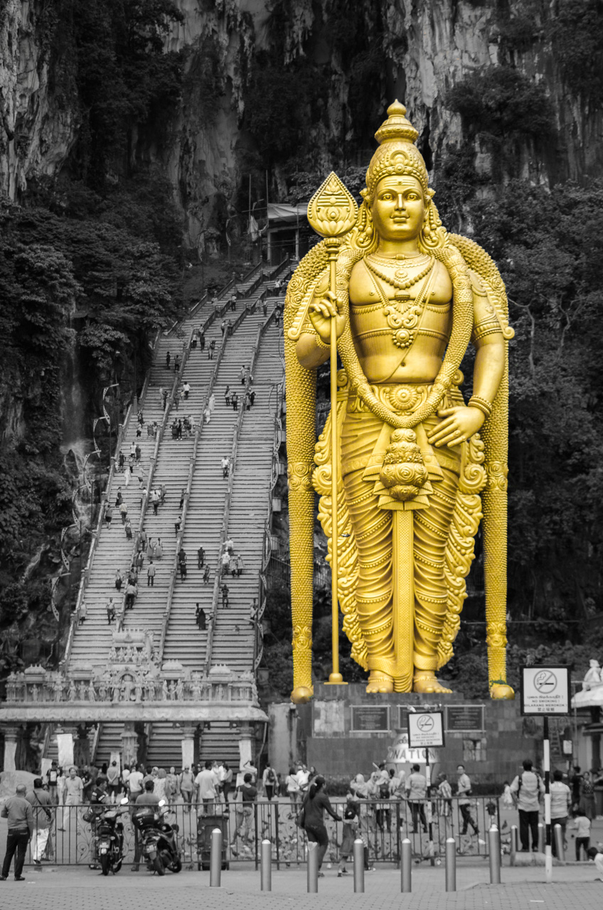 statue of lord murugan
