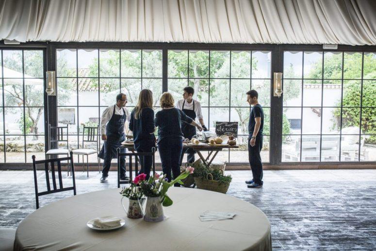 Organización y coordinación del evento del equipo de Wedding Planner con el Catering.