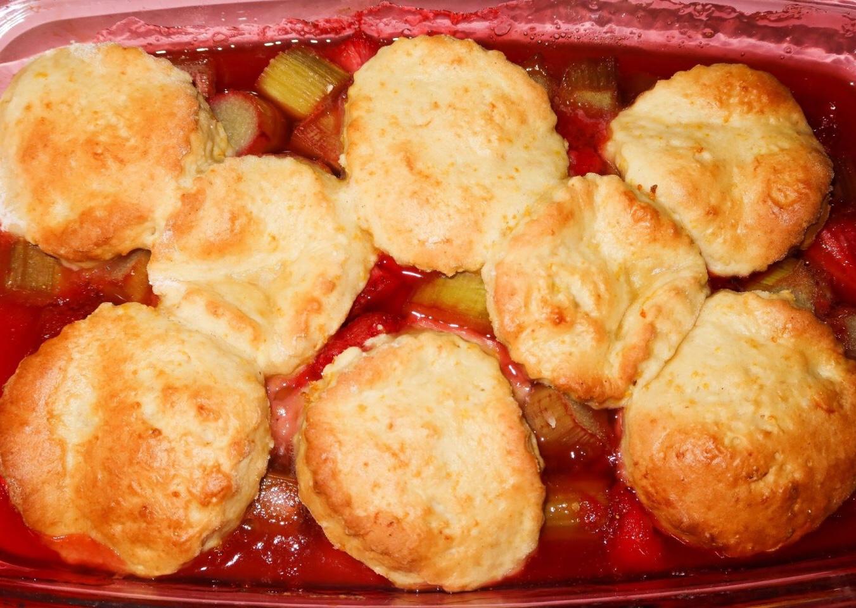 Strawberry & Rhubarb Cobbler Recipe!