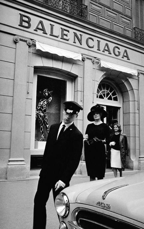 Risultati immagini per maison di parigi balenciaga 1937