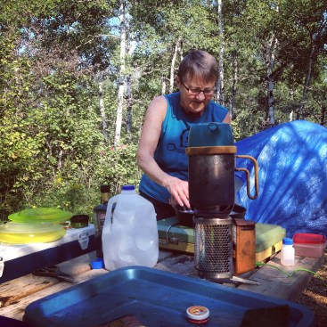 Making breakfast and cleaning up at the campsite