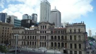 Brisbane in contrast
