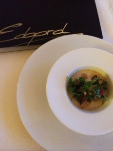 Egard, la table: a little fish and courgette, haute cuisine, to start dinner at Le Palace in Lausanne, 15 September with the Guillon d'Or