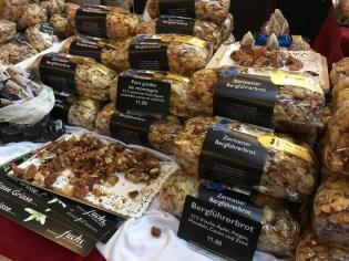 Fruit-nut breads from Zermatt