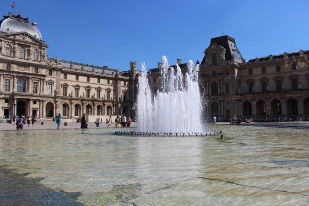 Louvre Fountain, Paris 2017
