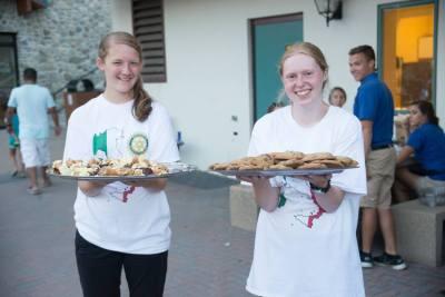 Tuscan Kids & Cookies