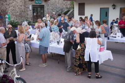 Tuscan Moon Silent Auction (2)