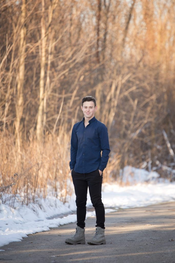 Winter Senior Portrait Session | Beachwood, Ohio