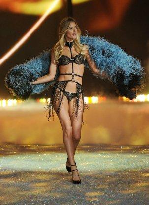 Victoria-Secret-Fashion-Show-2013-Pictures (83)