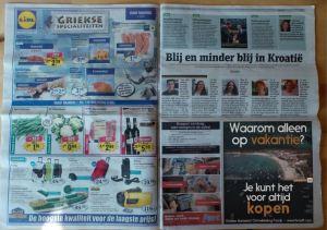 Διαφήμιση σε Ολλανδική εφημεριδα: Γιατι να κανεις μονο διακοπες ενω μπορεις ν αγορασεις ολοκληρη την παραλια;