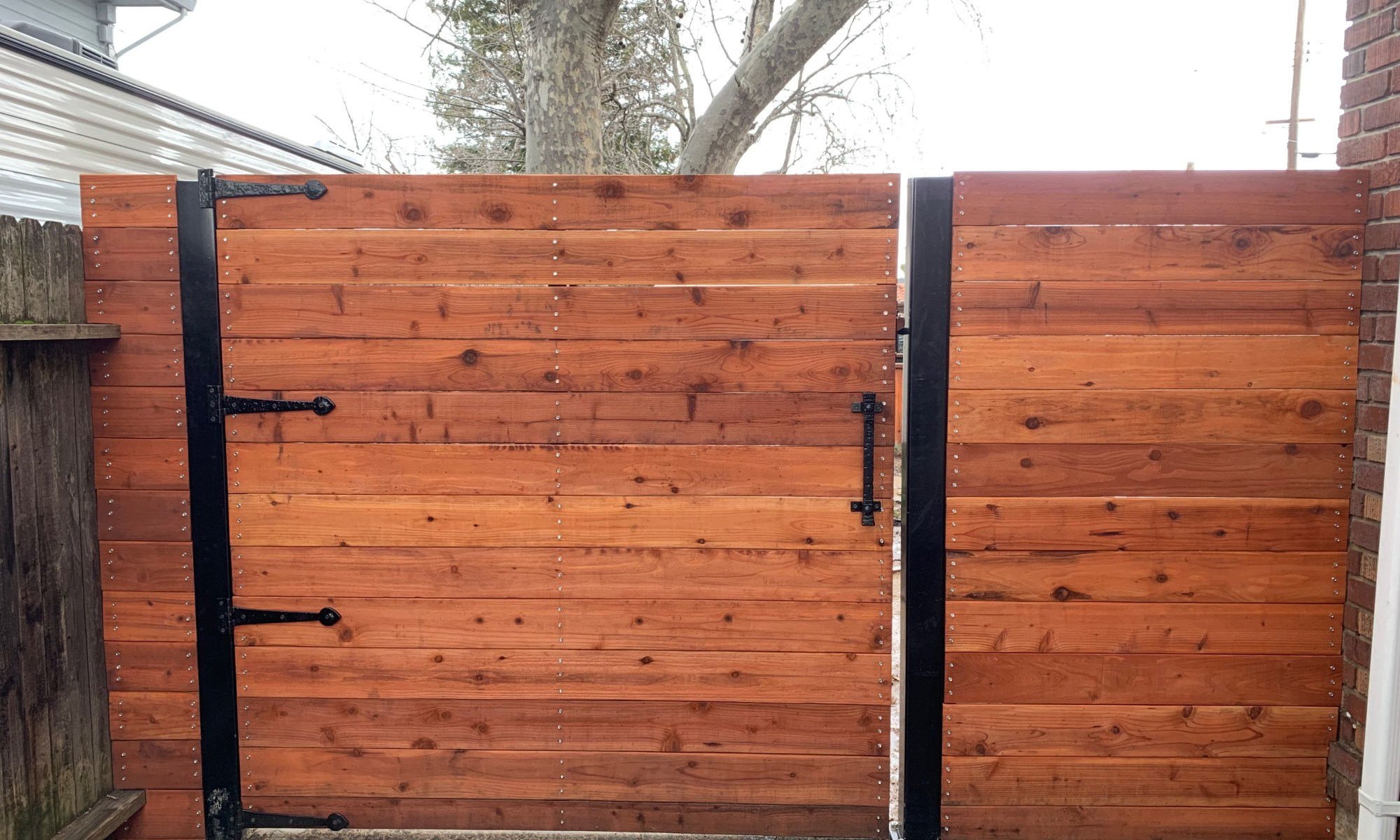 Bryant_front_driveway_gate