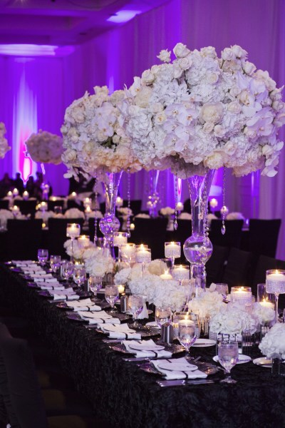 estate table, luxury weddings, white centerpieces